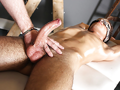 Sebastian Kane Strokes Get under one's Cum Wean away from Oli Loon - Oli Loon Plus Sebastian Kane