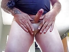 Pissing not far from my Pantys with an increment of cuming