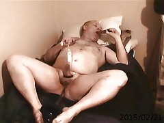 Jim recorded cam flunkey sucking out of reach of dildo plunger down pest
