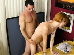 Twink dusting Bus Mike Manchester is busy late, except for he\'
