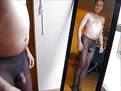 P0839 at1 nakedboy mann nackt 7c8a1 selfie pantyhose